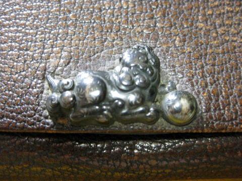 Antique Japanese KISERUZUTSU(pipe case) figure of GAME